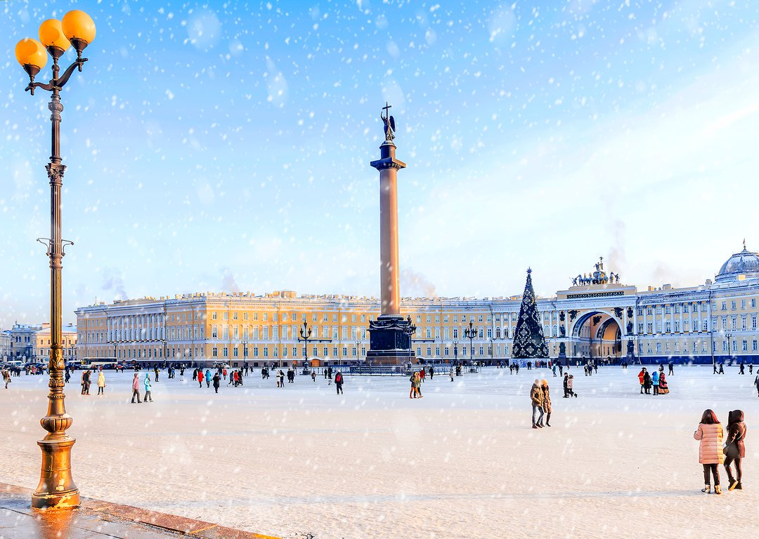 PALACE SQUARE, ST. PETERSBURG'S MOST FAVOURED SKATING RING image