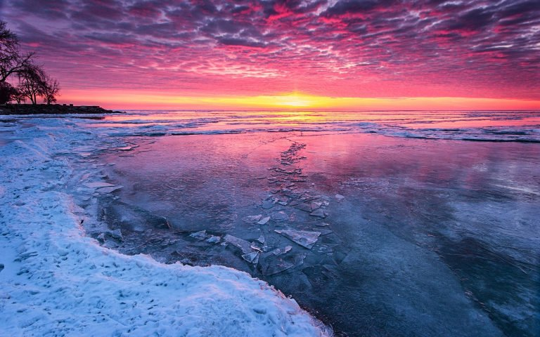 Travel to Baikal in winter image