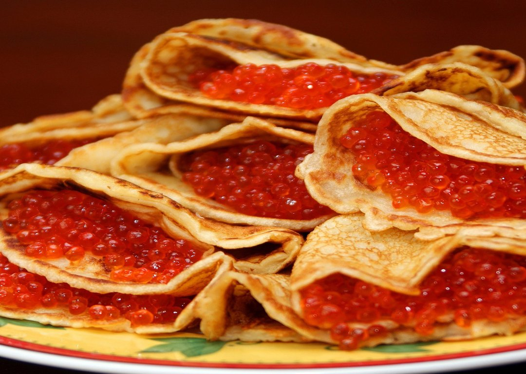 Pancake with caviar image