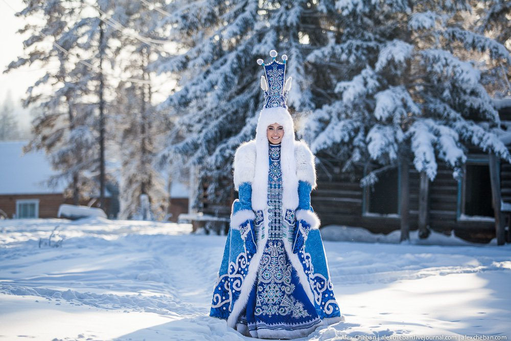 THE HEROINE OF A WINTER FESTIVAL IN YAKUTIA image
