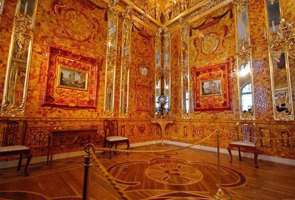 Amber Room image