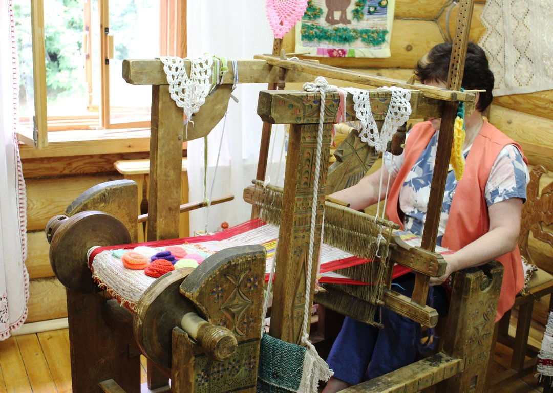 Traditional local crafts image