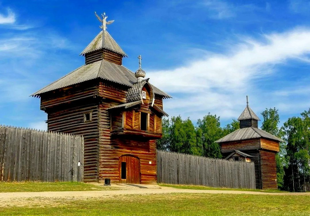 Museum of Wooden Architecture Taltsy image