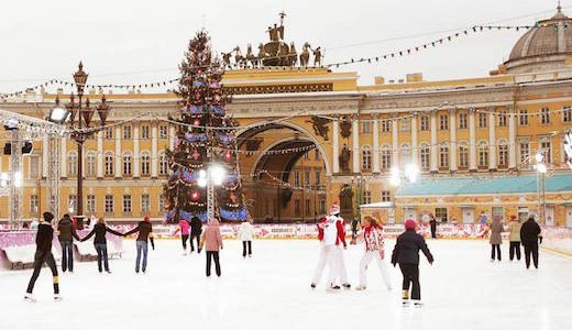 Palace Sqaure, St Petersburg's most favoured skating ring image