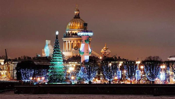 ST ISAAC'S CATHEDRAL IN WINTER image