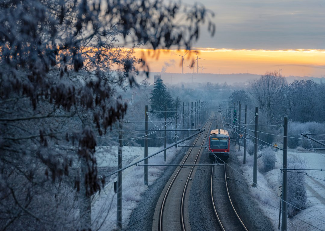 WINTER TRAIN image